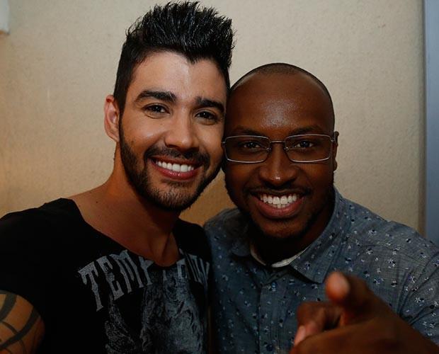 Gusttavo Lima e Thiaguinho também marcaram presença na gravação (Foto: Raphael Dias / Gshow)