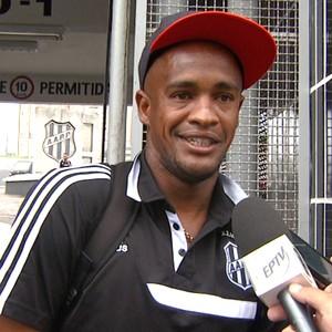 Alexandro, atacante Ponte Preta (Foto: Reprodução EPTV)
