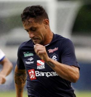 Eduardo Ramos meia Remo contra o Pinheirense (Foto: Akira Onuma/O Liberal)