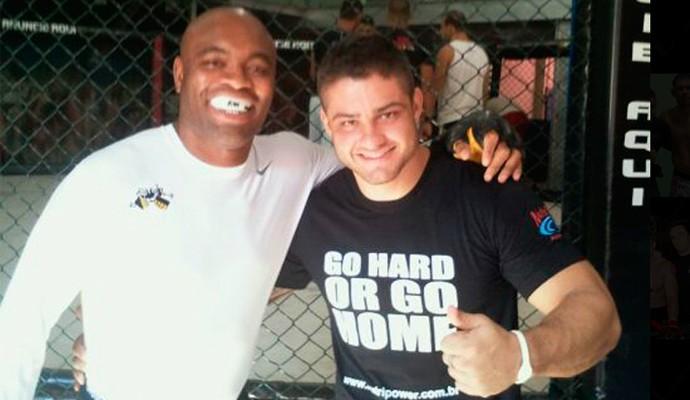 Rick Monstro e Anderson Silva (Foto: Divulgação/ site oficial)