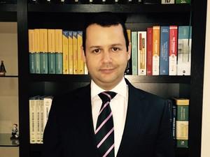 Oto Lima diz que espera que caso sirva de exemplo para fim do assédio moram no trabalho (Foto: Arquivo pessoal)