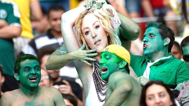 torcida Nigéria Shakira Dia de torcedor Castelão (Foto: AFP)