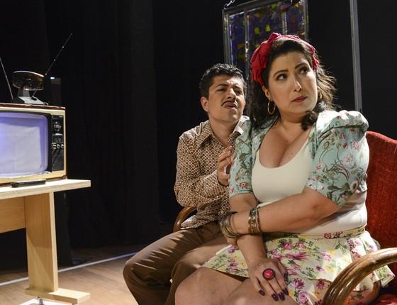 Paulo Mathias Jr e Mariana Xavier em cena da peça O último capítulo (Foto: Páprica Fotografia)
