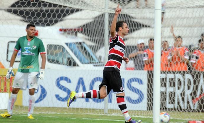 Léo Gamalho Santa Cruz x Salgueiro (Foto: Antônio Carneiro/ Pernambuco Press)