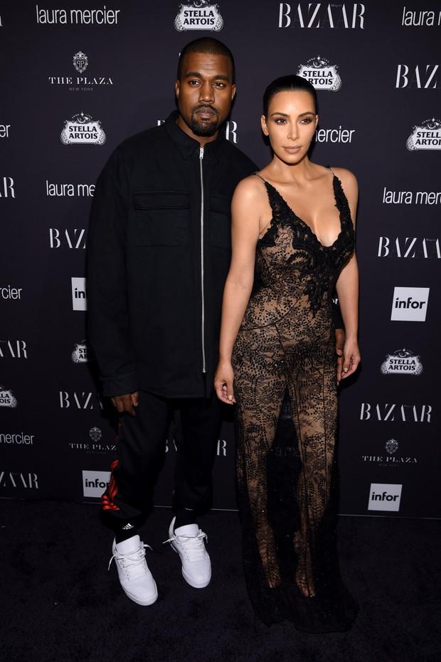 Kanye West e Kim Kardashian em festa em Nova York, nos Estados Unidos (Foto: Dimitrios Kambouris/ Getty Images/ AFP)