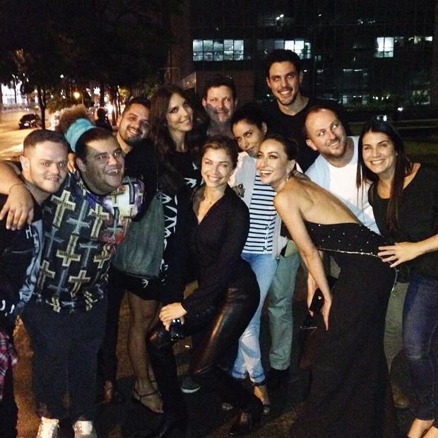 Ivete Sangalo, Grazi Massafera e Sabrina Sato com amigos em São Paulo (Foto: Instagram/ Reprodução)