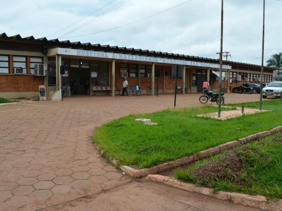 Adolescente foi levada ao Hospital e Maternidade Municipal Ana Neta de Pimenta Bueno (Foto: Magda Oliveira/G1)
