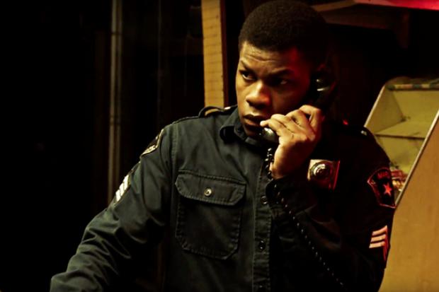 John Boyega em 'Detroit' (Foto: Reprodução/Youtube)