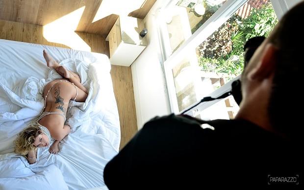 Natália Casassola posa para o Paparazzo (Foto: Roberto Teixeira / Paparazzo)