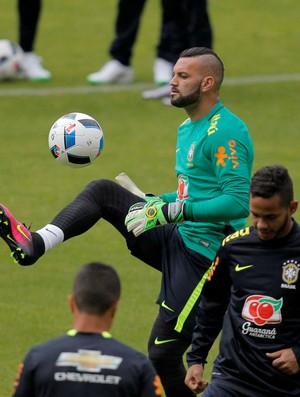 Weverton brasil treino