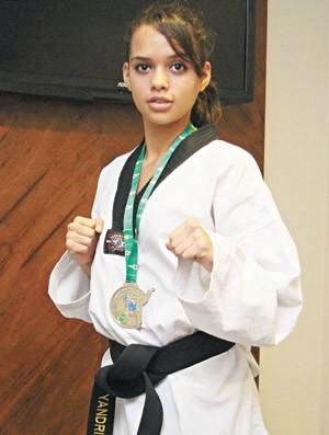 Yandra Dias, atleta cearense de taekwondo (Foto: Fabiane de Paula/Agência Diário)