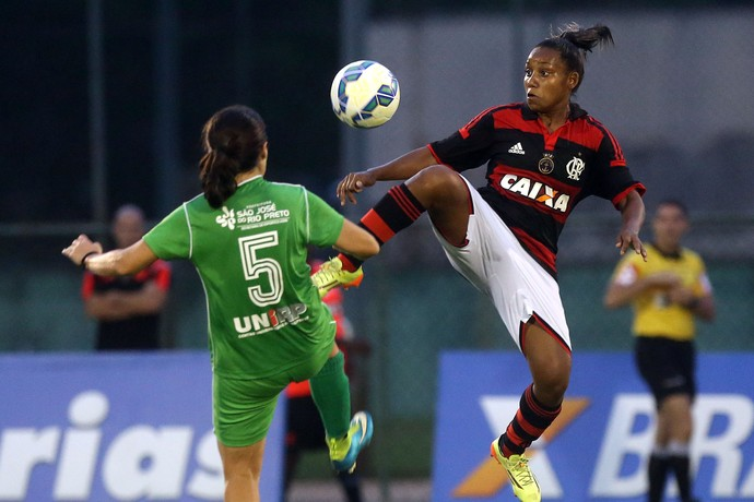 Flamengo x Rio Preto futebol feminino (Foto: MARCOS DE PAULA / ALLSPORTS)