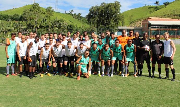 Mistão do Voltaço disputa jogo-treino contra time americano em Pinheiral (Foto: Igor Bravo/Fair Play Assessoria)