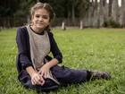 Mel Maia vive personagem que tira o sossego da mãe em Além do Tempo