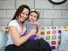 Mariana Belém posa com a filha, Laura, e curte uma manhã repleta de brincadeiras