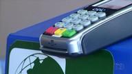 Taxa de juros do crédito cai, mas é preciso usar o cartão com cautela