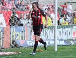 Federico Nieto, atacante do Atlético-PR (Foto: Divulgação/Atlético-PR)