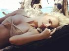 Yasmin Brunet aparece sensual em 'lugar dos sonhos'