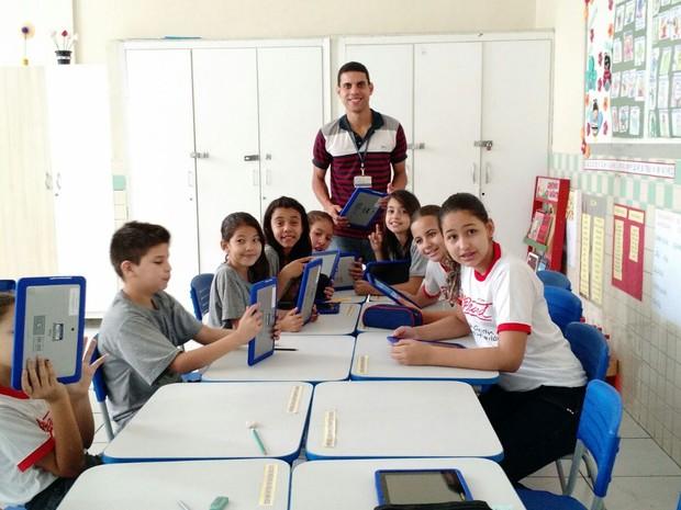 Com ajuda de alunos, professor cria aplicativo de educação ambiental (Foto: Arquivo Pessoal/Ronaldo Lopes)