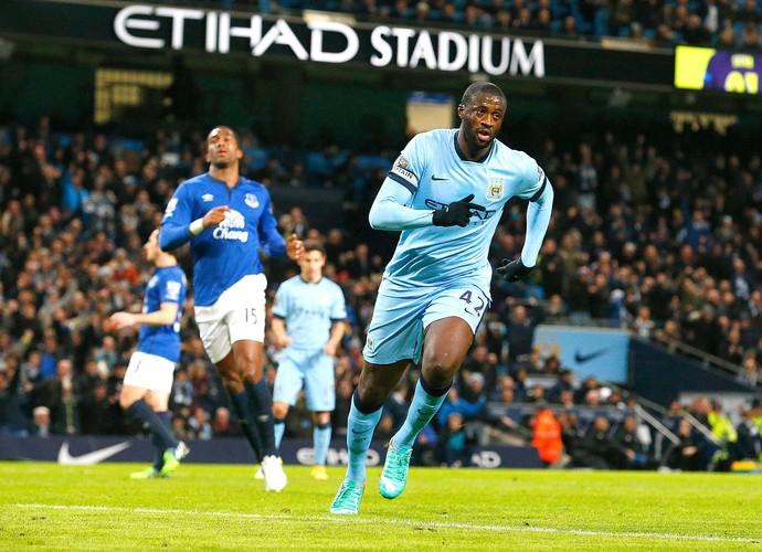 Yaya Toure Gol, Manchester City x Everton (Foto: AFP)