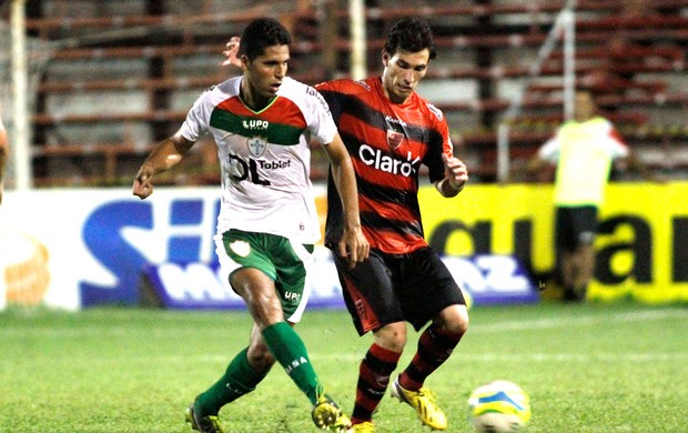 jogo Portuguesa e Oeste Paulista (Foto: José Luis Silva / Agência Estado)