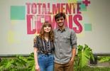 Felipe Simas apresenta trilha sonora de 'Totalmente Demais' para Gabrielle Aplin