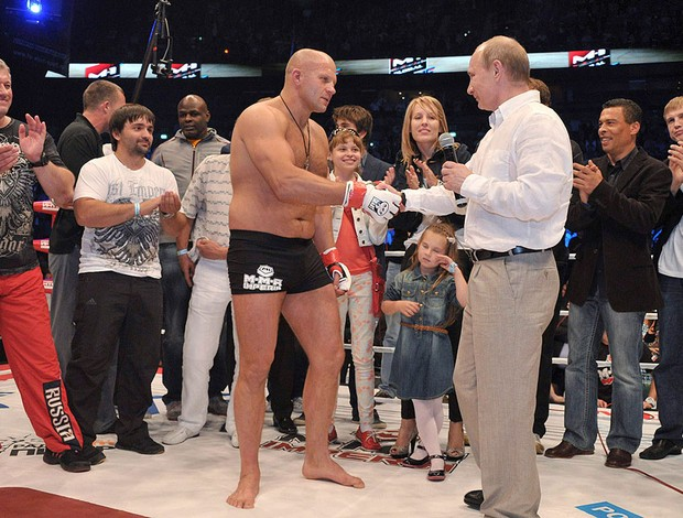Vladimir Putin e Fedor Emelianenko, MMA, UFC (Foto: Agência Reuters)
