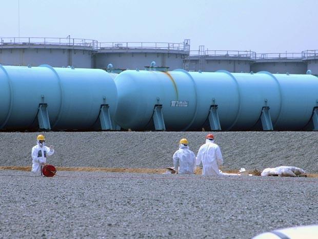 Japão: Detectado novo vazamento em Fukushima. Usina admite que funcionários têm mais risco de câncer