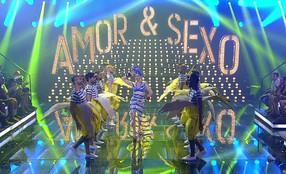 Fernanda Lima abre programa de Carnaval cantando 'A Filha da Chiquita Bacana'