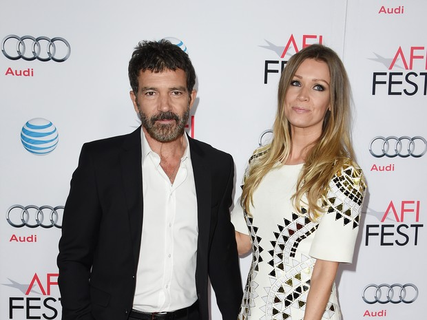 Antonio Banderas e Nicole Kimpel em première em Los Angeles, nos Estados Unidos (Foto: Mark Ralston/ AFP)