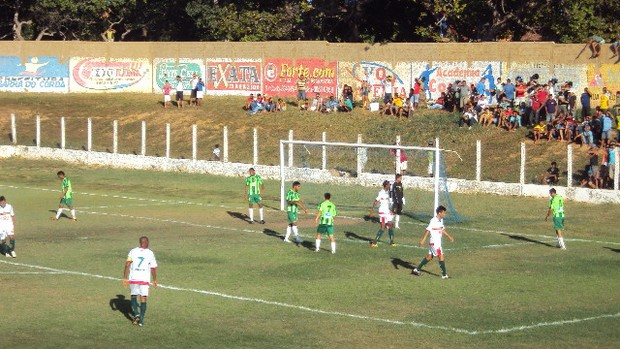 Cordino e Sampaio jogam no Estádio Leandrão, em Barra do Corda, pela decisão do segundo turno do Campeonato Maranhense (Foto: Afonso Diniz/Globoesporte.com)