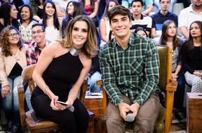 Deborah Secco com o marido, Hugo Moura: parceiro de vida (Foto: Globo/Ramón Vasconcelos)