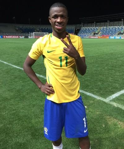 Vinicius Júnior - seleção sub 17 (Foto: Guilherme Oliveira)