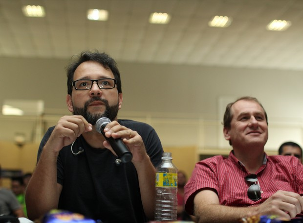 Entre os jurados estava o Pastor Cris Batiston, vocalista do Ministério Filhos do Homem e diretor do Núcleo de Músicos Cristão de Curitiba. (Foto: Rafael Veraldo/ RPC)