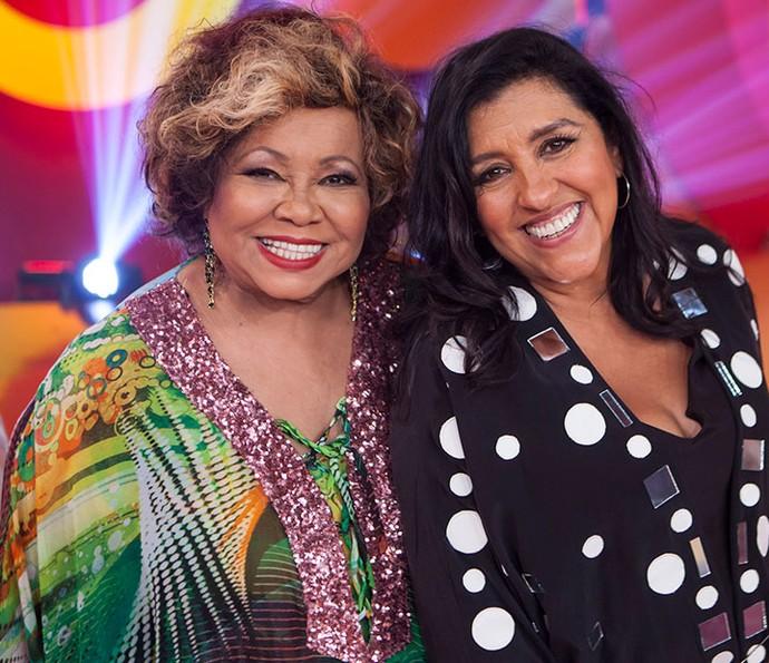 Alcione e Regina Casé posam no último 'Esquenta!' da temporada (Foto: João Januário/Globo)