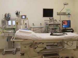 A única máquina de colonoscopia pelo Sistema Único de Saúde (SUS) permanece quebrada em Campinas (Foto: Reprodução / EPTV)