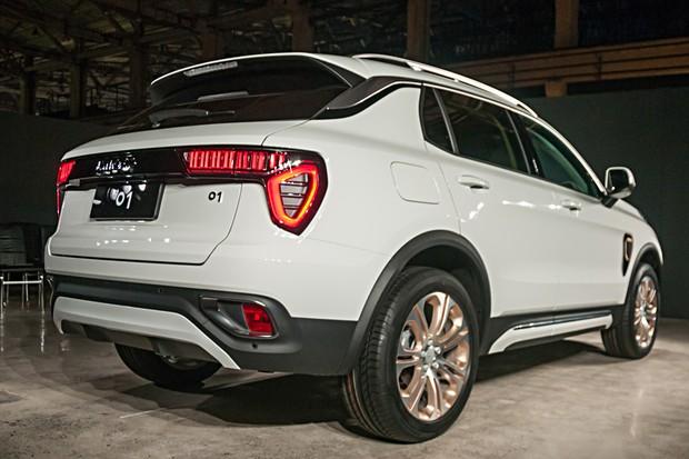 Lynk & Co 01, primeiro carro da marca chinesa formada por Volvo e Geely (Foto: Newspress)