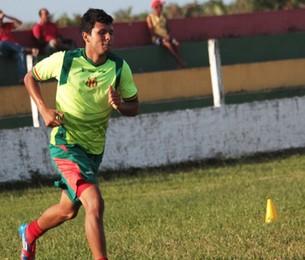 Eloir terá recuperação intesiva durante até o dia do jogo (Foto: Divulgação/Site do Sampaio)