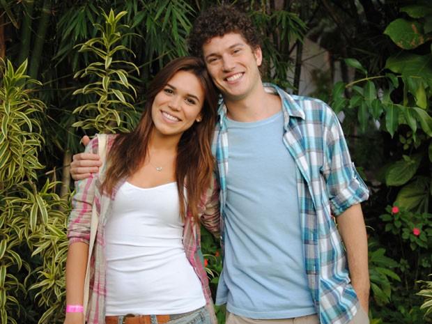 Carla Salle e Caio Paduan caracterizados como Nat e Gabriel (Foto: Malhação / Tv Globo)