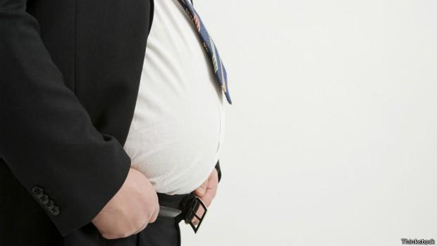 Pesquisa diz que 3.700 novos casos de câncer ligados a obesidade podem surgir por ano (Foto: BBC)