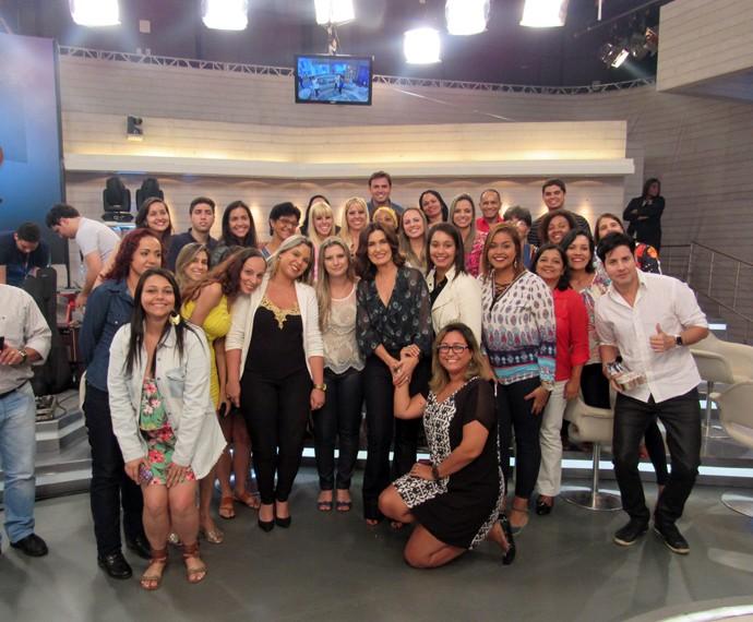 Mais plateia com a apresentadora (Foto: Viviane Figueiredo Neto/Gshow)