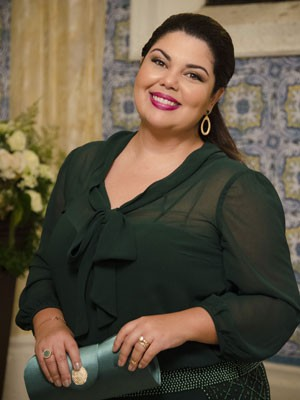 Fabiana Karla se reiventa (Foto: Raphael Dias/TV Globo)