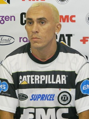 Janilson, lateral-esquerdo do XV de Piracicaba (Foto: Guto Marchiori/Globoesporte.com)