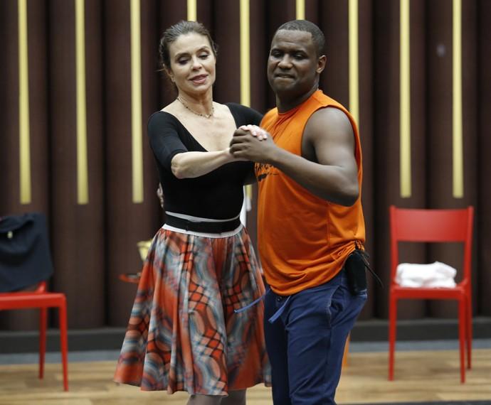 Françoise Forton e Patrick Carvalho mostram sintonia (Foto: Fábio Rocha/Gshow)