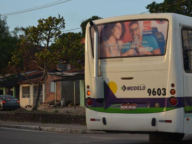 Sistemas modernos reduziram a emissão de gases poluentes nas descargas dos ônibus que circulam em Aracaju (SE) (Foto: Anderson Barbosa/G1)