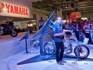 Salão de Colônia; Alemanha; 2012; motos; lançamentos; Peugeot; Metropolis 400i; Kawasaki; Z800; BMW; R 1200 GS; Yamaha FJR1300; tres cilindros (Foto: Divulgação)