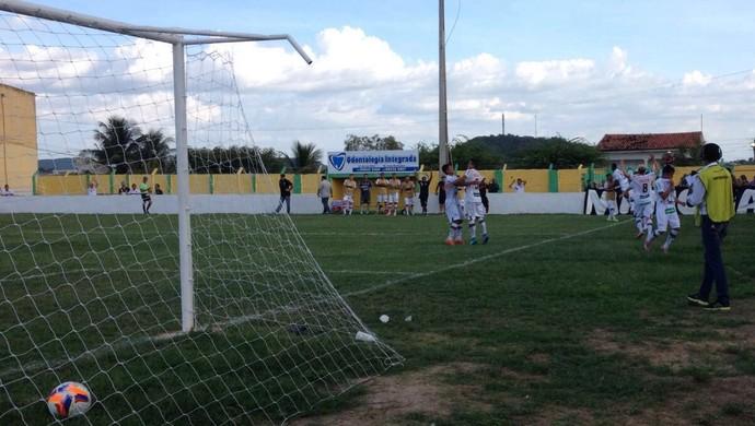 Ipanema x ASA, no Estádio Arnon de Melo (Foto: Arquivo Pessoal/Jânio Barbosa)