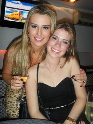 Fernanda com a irmã, Nathália (Foto: Nathália Vilaça/Arquivo pessoal)