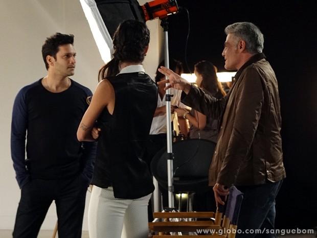 Nelson convida Érico para ser padrinho dos dois (Foto: Sangue Bom / TV Globo)