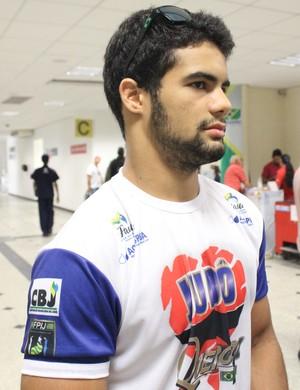 Stanley Torres busca pontos para subir no ranking olímpico (Foto: Emanuele Madeira/GLOBOESPORTE.COM)